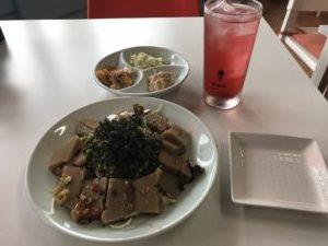 どんぐり豆腐のサラダ