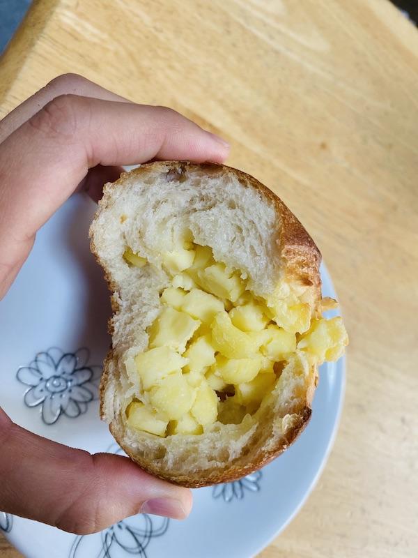 イエナ、パン、がもよん、チーズ
