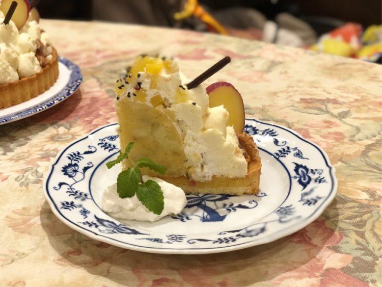 西洋茶館のおいしそうなケーキ